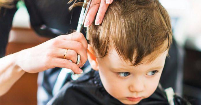 tagliare i capelli bambini